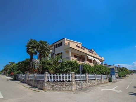 Appartements Krevatin, Novigrad