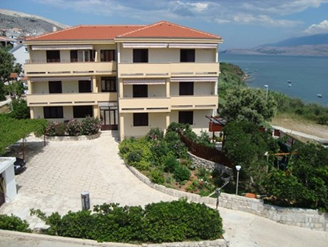 Appartements et chambres Pansion Mare, Pag